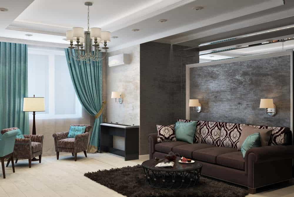 living decorat cu obiecte de mobilier, un perete accent si draperii albastre