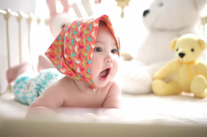 Amenajarea camerelor pentru bebeluși fete. Idei de design și decor, modele de camere și accesorii inedite