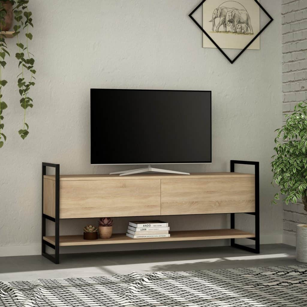 Comoda TV pe care se afla un televizor, cu un raft cu carti si plante decorative