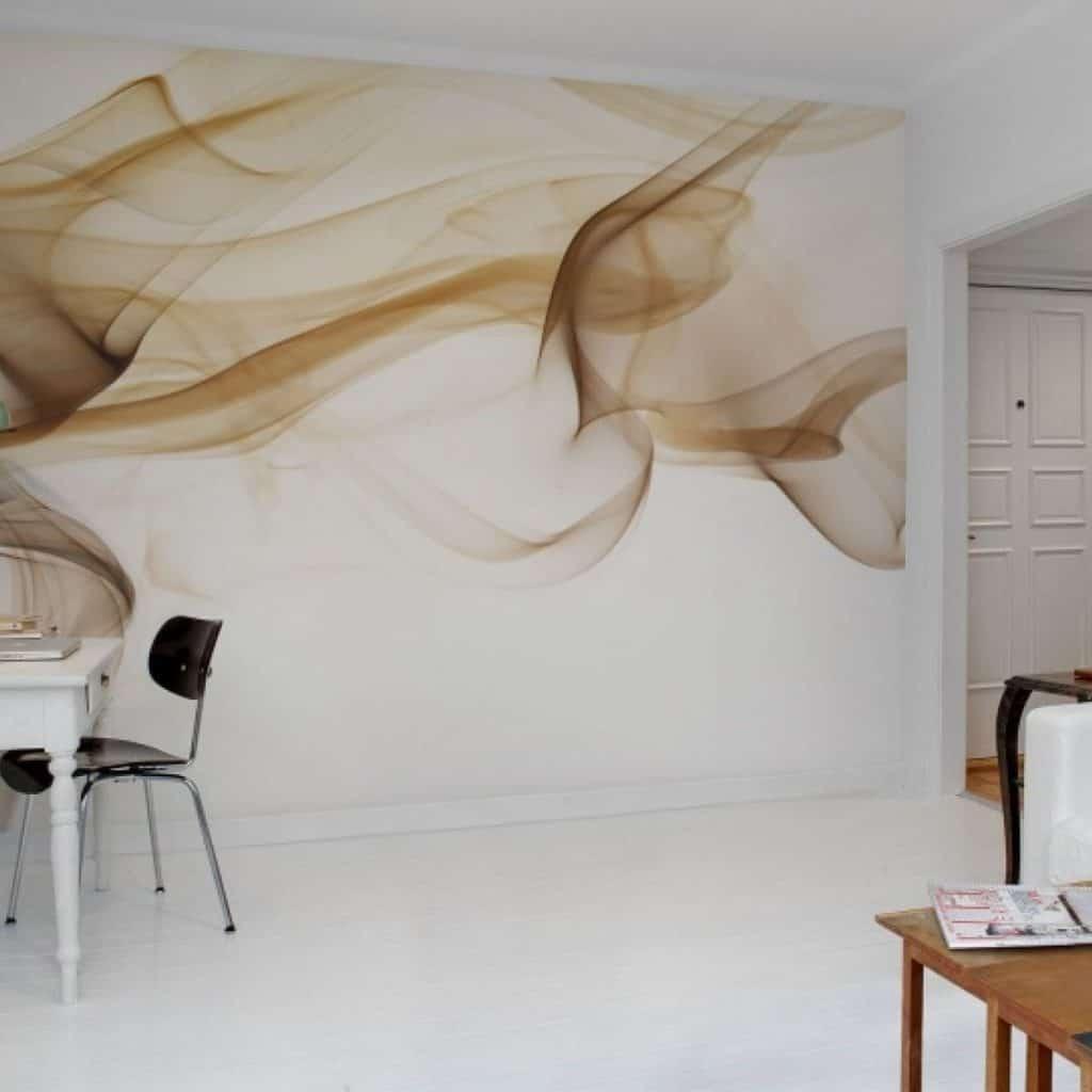 perete alb cu fototapet pentru dormitor 2020 care ilustreaza un fum de culoare ciocolatiu-caramel