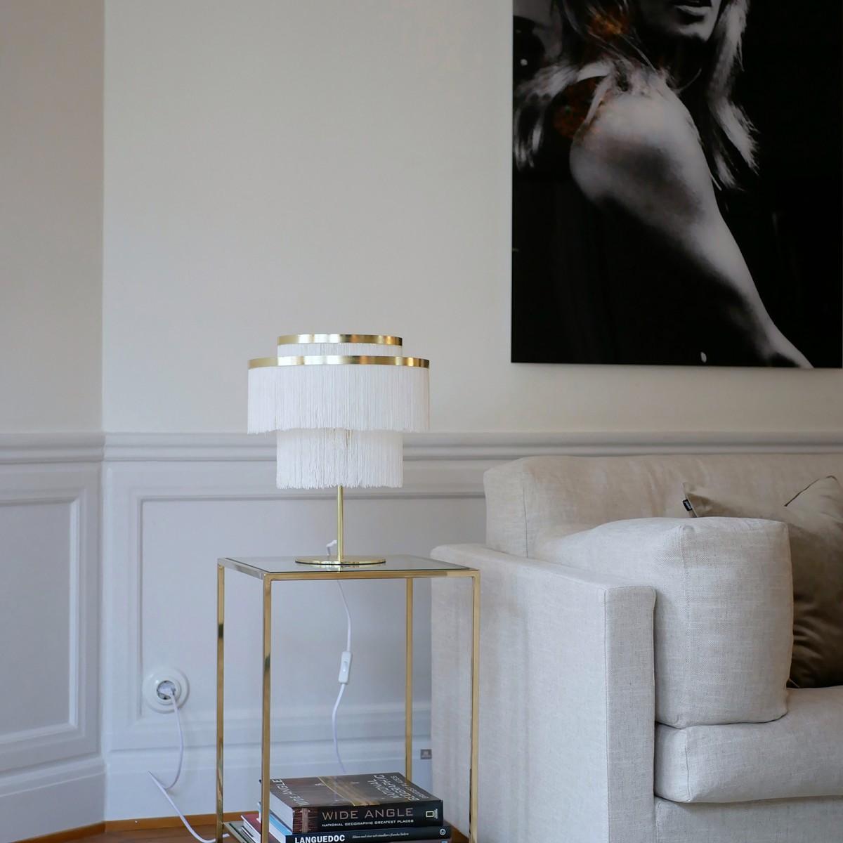 Lampă birou/noptieră Frans, din metal, cu franjuri textile albe/roz/negre, Globen