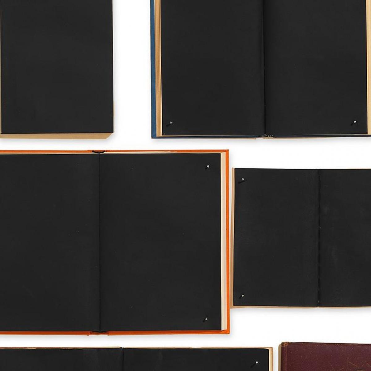 Tapet designer BIBLIOTECA - Books by Ekaterina Panikanova, EKA, NLXL, 3.2mp / model
